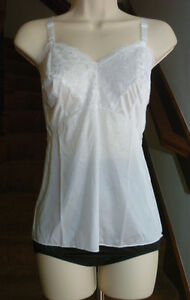 Dixie Belle Feminine Perfection 100% Nylon White Cami Size 34