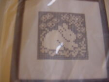 NEW, vintage The Creative Circle #1350 FLOWER PATCH BUNNY Lace Net Darning kit