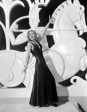 Ginger Rogers UNSIGNED photo - H4722 - Shall We Dance