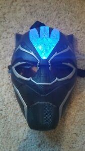 Marvel MCU Black Panther Vibranium Power FX Light Up Kids Mask Hasbro 2017