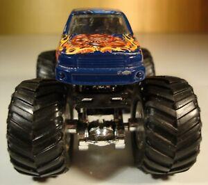 HOT Wheels Monster Jam Stone Crusher mit Chrom Felgen !