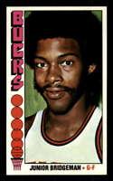 1976-77 Topps #11 Junior Bridgeman NM/NM+ RC Rookie Bucks 404151