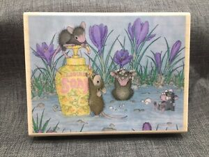 House Mouse Designs Spring Cleaning Maxwell Muzzy Amanda Mudpie 2004 HMOR1085