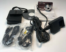 Nikon Coolpix S220, 10MP Digital Camera 3x Optical Zoom 2.5 inch LCD Plum + Case