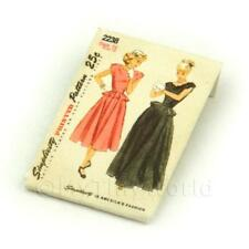Maison de poupées miniature Simplicity patron robe paquet (dpp024)