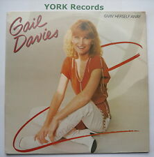 GAIL DAVIES - Givin' Herself Away - Ex Con LP Record Warner Brothers BSK 3636