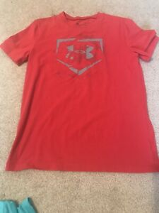 Boys Short Sleeve Top Under Armour Youth Large Gently Used Red