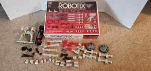 Classic ROBOTIX Expansion Series X-1 W/Orig Box complete but no decals as shown