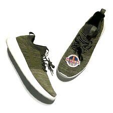 Nike Roshe Two Flyknit V2 Olive Green Running Shoe 918263-301 Men's size 11