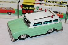 VERY NICE GREEN TIN FRICTION POWERED TRAVELING STATION WAGON WITH SOUND in BOX