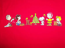 Peanuts Cartoon Charlie Brown Snoopy Christmas Tree Red Graphic T Shirt - S
