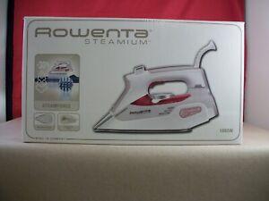 New in Box Rowenta STEAMIUM Clothes Iron DW9070 U5 - 1800W - White