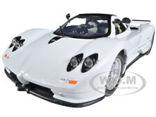 PAGANI ZONDA C12 WHITE 1/24 DIECAST CAR MODEL BY MOTORMAX 73272