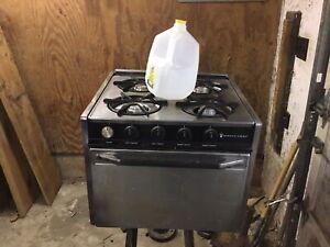 Magic Chef RV/Camper/Motorhome Stove/Oven/Range Propane/LP Gas Vintage