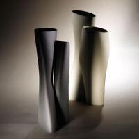 Vaso doppio Gemelli. Alto arredo in ceramica cm19x14x39 - Fatto a mano in Italia