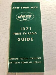 1971 NEW YORK JETS Media Guide Yearbook JOE NAMATH Riggins MAYNARD Boozer CASTER