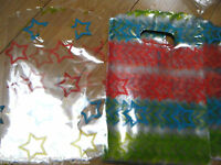 100 x FROSTED PLASTIC STARS GIFT PARTY CARRIER BAGS SHOPS SWEETS UKSELL 2 SIZES