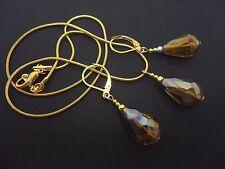 Un tono oro cristal de vidrio de color ámbar Lágrima Collar y pendiente conjunto. Nueva.
