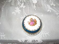 Vintage Limoges France La Reine Porcelain China Trinket Box B-86