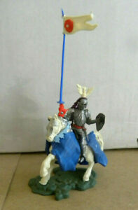 Britains Toys UK Swoppet 15th Century Knight mounted pennant War of the Roses mf