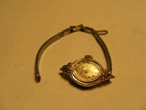Vintage WALTHAM 17 Swiss Ladies Wrist Watch