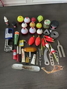 Mixed Lot of Old Fishing Accessories Bobber Tools ++