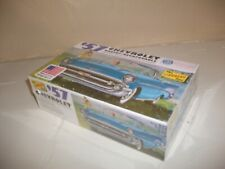 Lindberg  1957  Chevrolet  Ragtop  Decapotable ( Kit 1:32 scale )  Lot # MD.