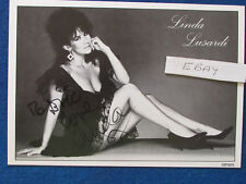 "HAND SIGNED - Linda Lusardi - 8""x6"" - Press Promo Photo Card - 1980's - Glamour"