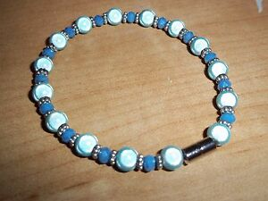 7.5 in BLUE Glass & BLUE Crystal Bracelet MAGNETIC Clasp A-29 Quality Jewelry