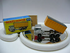 Matchbox  Regular- MB 47 DAF Tipper Container Truck - Made in England