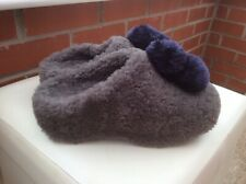 Rare New FITFLOP SHEARLING HOUSE POMS TIMBERWOLF Slippers ,size 6.