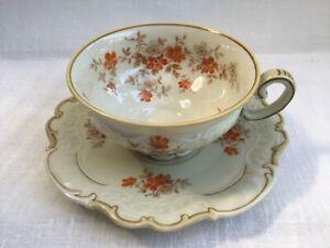 Schöne Sammeltasse Sorau Carstens Porzellan Kaffee Tee Blumen Creme Untertasse