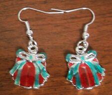Boucles d'oreilles argentées cadeau rouge et vert