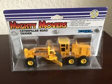 ERTL CATERPILLAR ROAD GRADER MIGHTY MOVERS CONSTRUCTION TOYS MINT ON CARD