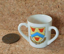 Crested china tyg Shakespeares Arms Stratford on Avon Henry of Navarre mini cup