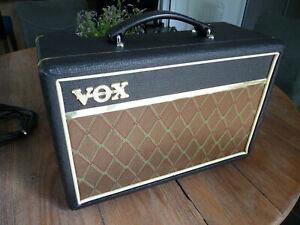 Ampli VOX PATHFINDER V9106 10W