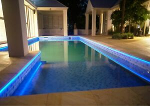 Strip light for pool with chlorine resistant fibre optic cable