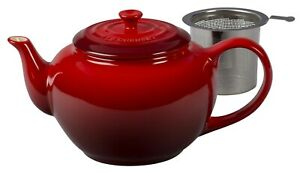 NIB Le Creuset Stoneware Cerise Red Large Teapot Stainless Steel Infuser 1.4 Qt