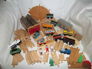 THOMAS & FRIENDS WOODEN LEARNING CURVE VNTG CLICKETY CLACK RISER, TUNNEL LOT SET
