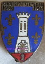 IN13190 - INSIGNE 1° Régiment de Cuirassiers, émail, porte argentée matriculé