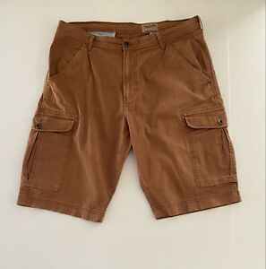 mens wrangler shorts Size 38 Tan Cargo Shorts