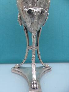 Große Fußschale Pokal Lot 13(800 Silber) Wiederköpfe auf 3 Füßen 815 gr, 33 cm H