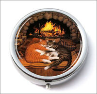CATS TABBIES NAP CHIMNEY PILL BOX ROUND METAL -pvb6Z