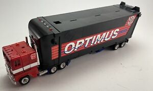 Transformers G2 Optimus Prime Vintage With Box