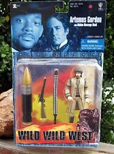Vintage 1999 WB Toy Wild Wild West Artemus Gordon Figure W/Large Bullet + MOC