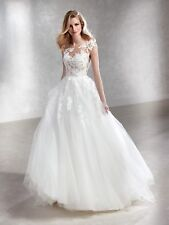 Pronovias felicidad wedding dress Size 6/8 (Waist E 32, UK 2, US 0) + Veil free