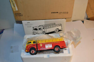 First Gear 1/34 1953 White 3000 Stake Body Shellane 19-2066 NIB Shell Oil Ramos