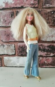 Mattel Hannah Montana Doll Miley Cyrus 2007 Teen Pop Star Barbie Skipper Size