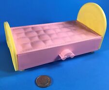 """1:6 BARBIE 5"""" KELLY DOLL DOLLHOUSE FURNITURE LOVE N CARE CHICKENPOX BED ONLY"""