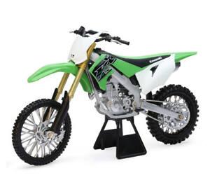 KAWASAKI KX 450. 1:12 SCALE MOTORCYLE MODEL / TOY. DIRT BIKE. NEW RAY TOYS.